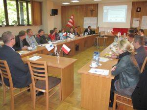Specjaliści Partnerstwa Lokalnego i Ekonomii Społecznej w powiatach: biłgorajskim, tomaszowskim, janowskim, zamojskim ziemskim i zamojskim grodzkim 39